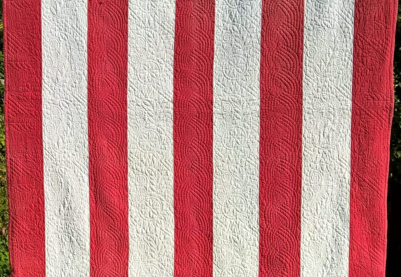 Red & White Strippy Quilt - Carolyn Gibbs Quilts : north country quilts - Adamdwight.com