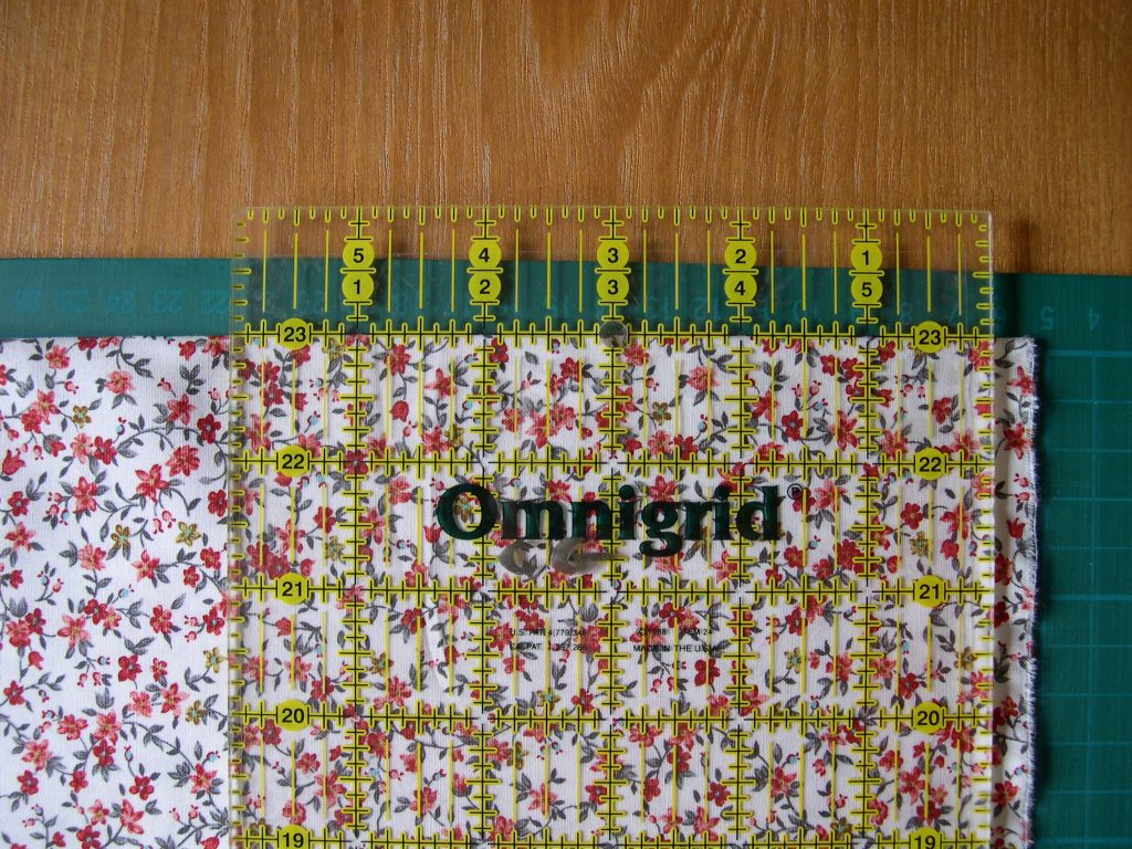 Quilters ruler with line along fold of fabric