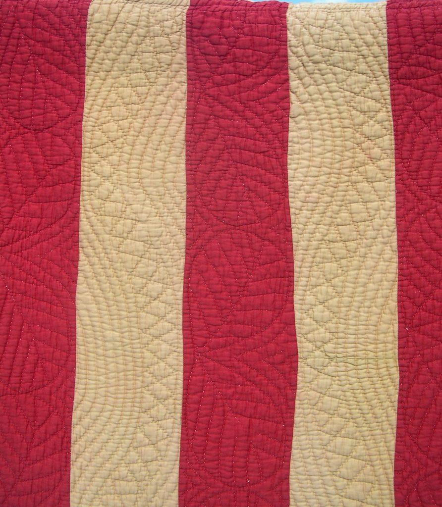 Symmetrical curving designs